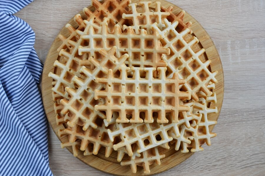 How to serve Homemade Belgian Waffles