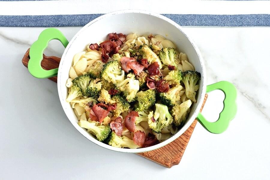 Italian Broccoli-Bacon Pasta recipe - step 8