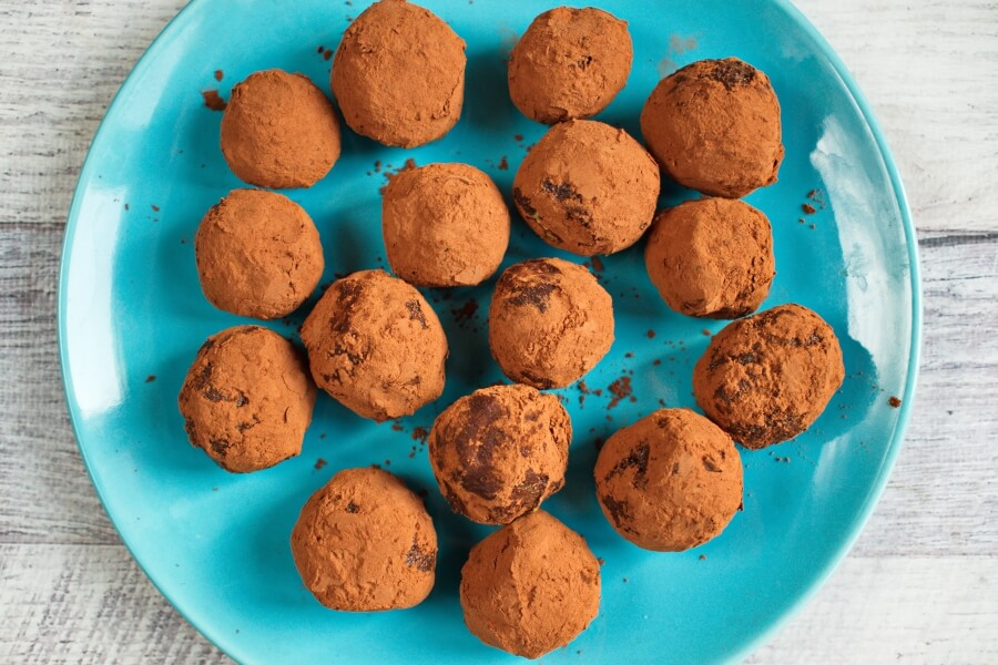 How to serve Keto Chocolate Truffles