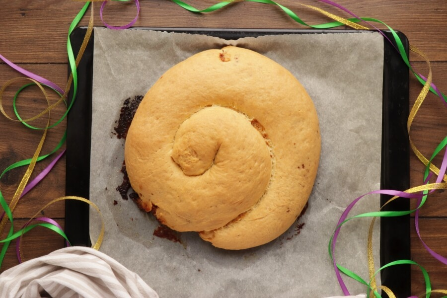 King Cake for Mardi Gras recipe - step 12