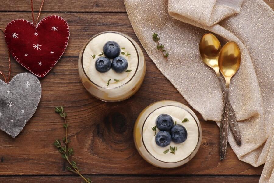 How to serve Lemon Tiramisu