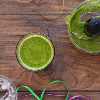 Mardi Gras Smoothie recipe - step 3