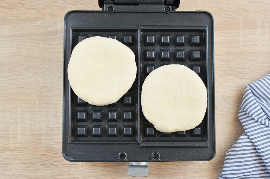 Pizza Waffles recipe - step 3