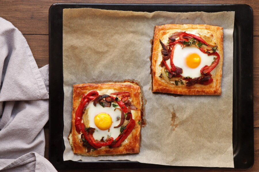 Red Pepper and Baked Egg Galettes recipe - step 14