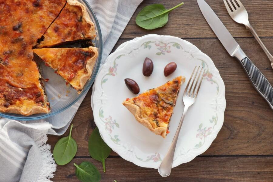 How to serve Veggie Mediterranean Quiche