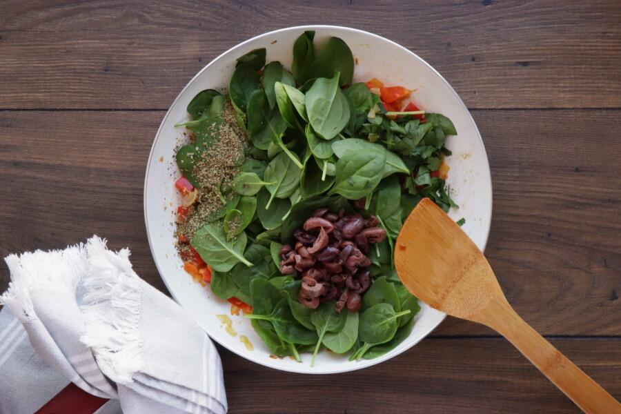 Veggie Mediterranean Quiche recipe - step 5