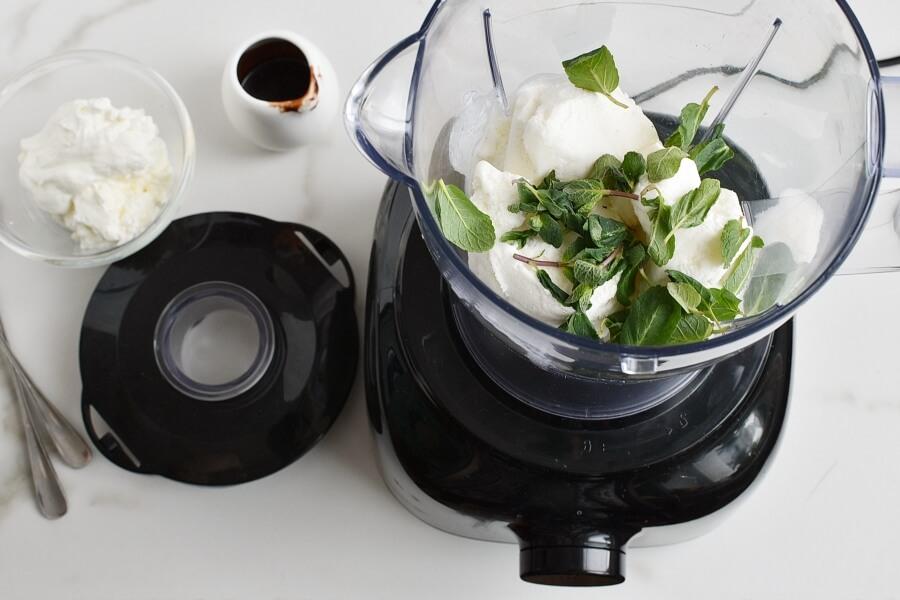 All Natural Shamrock Shake recipe - step 1