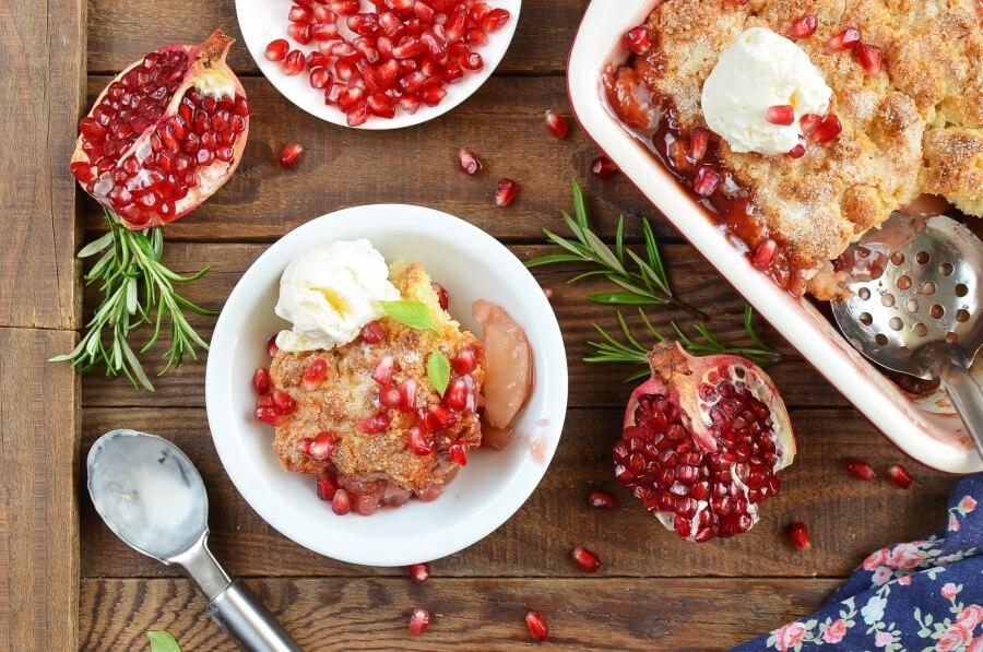 How to serve Apple Pomegranate Cobbler