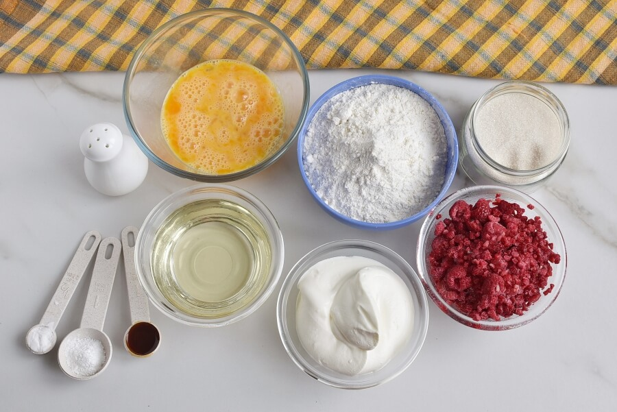 Ingridiens for Berry Cream Muffins