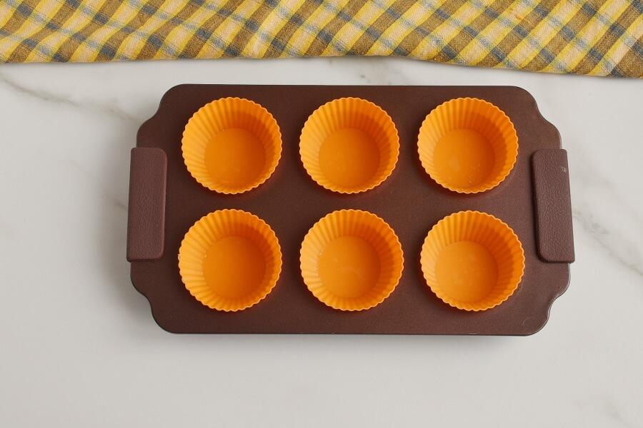 Berry Cream Muffins recipe - step 1