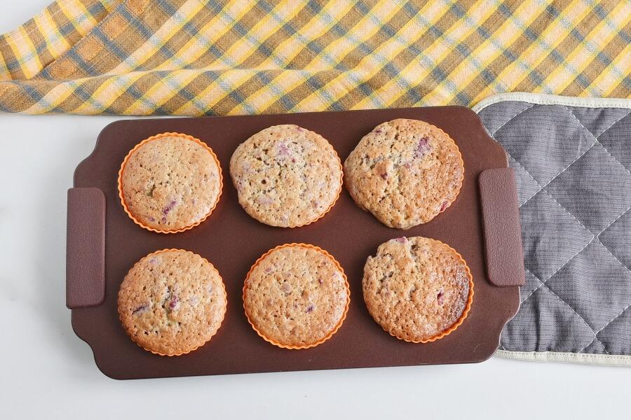 Berry Cream Muffins recipe - step 6