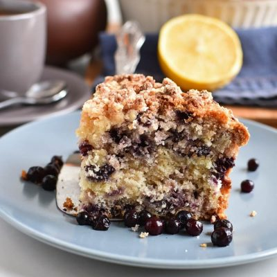 Blueberry Queso Fresco Crumble Cake Recipes-Homemade Blueberry Queso Fresco Crumble Cake-Delicious Blueberry Queso Fresco Crumble Cake