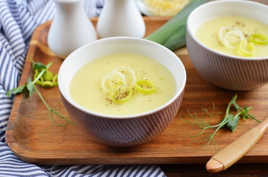 How to serve Cheddar Jack Potato Leek Soup