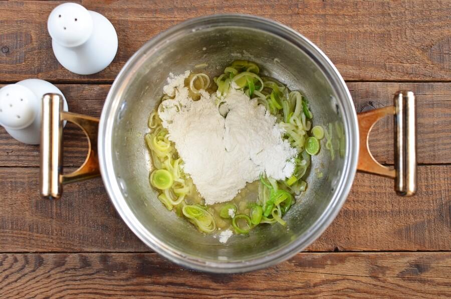 Cheddar Jack Potato Leek Soup recipe - step 3