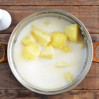 Cheddar Jack Potato Leek Soup recipe - step 5