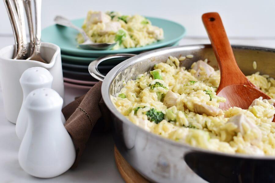 Cheesy Chicken & Broccoli Orzo Recipes-Homemade Cheesy Chicken & Broccoli Orzo -Easy Cheesy Chicken & Broccoli Orzo