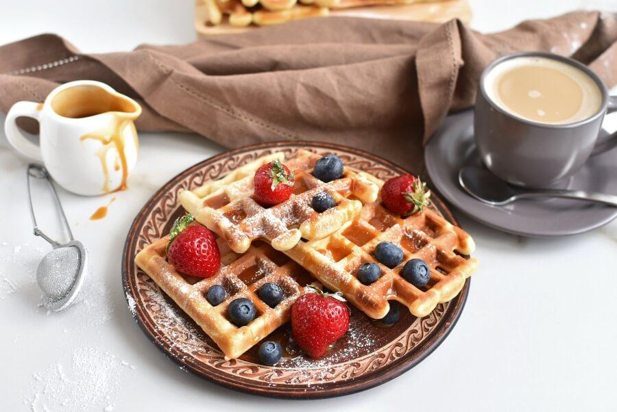 How to serve Classic Waffles Recipe