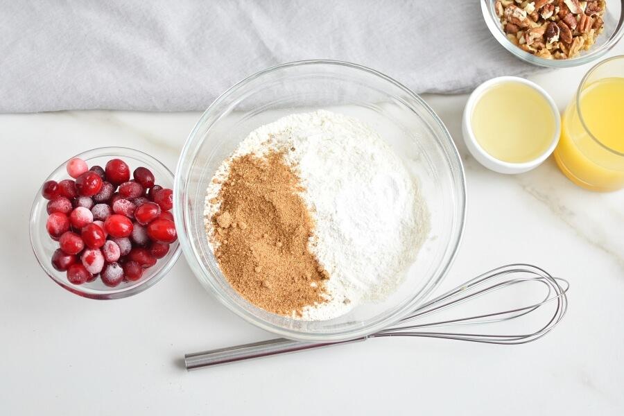 Cranberry Nut Muffins recipe - step 2