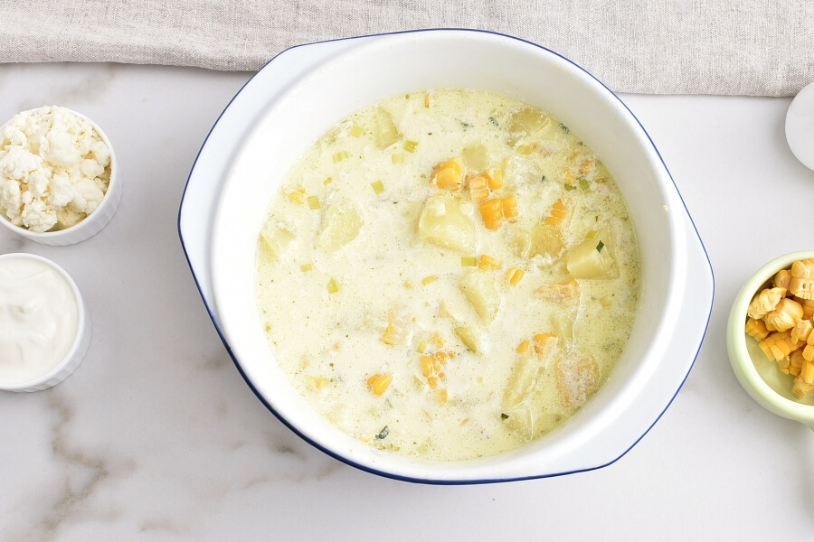 Creamy Corn Soup with Queso Fresco recipe - step 4