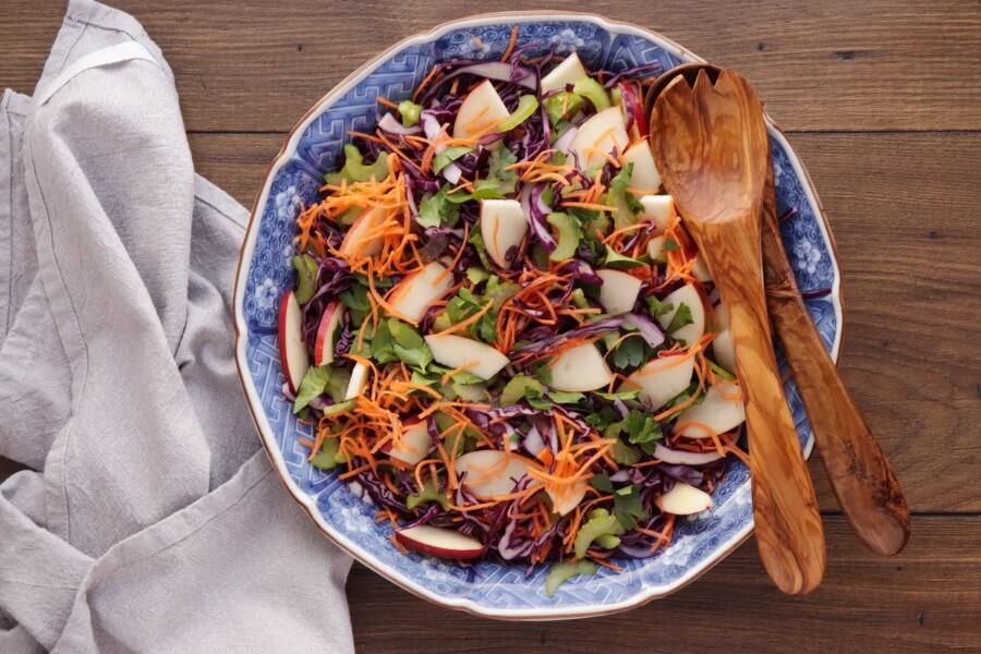 Crunchy Cabbage Salad recipe - step 1