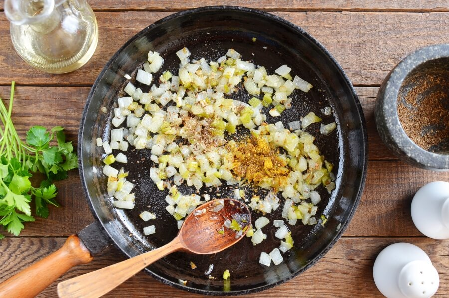 Easy Chana Masala recipe - step 2