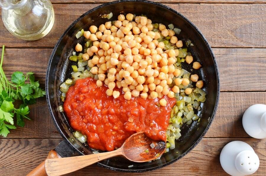 Easy Chana Masala recipe - step 3