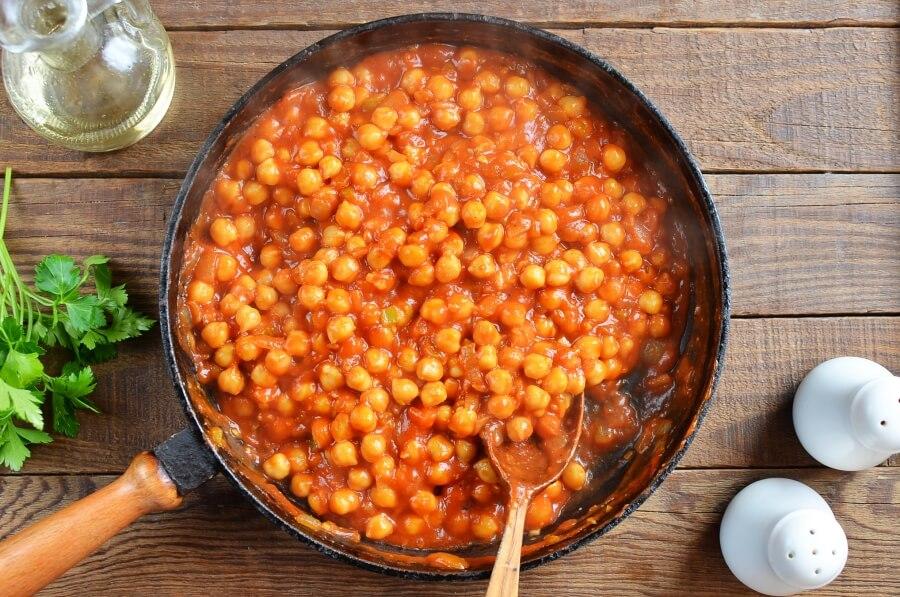 Easy Chana Masala recipe - step 4