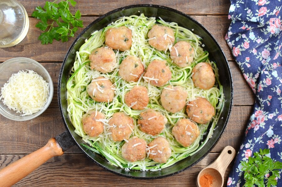 How to serve Garlic Butter Meatballs with Zoodles