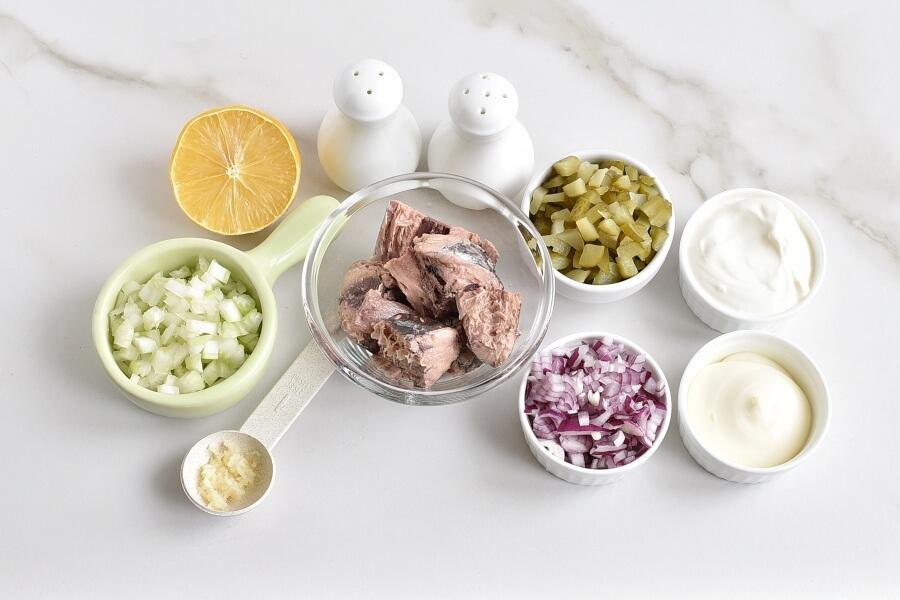 Ingridiens for Healthy Tuna Salad