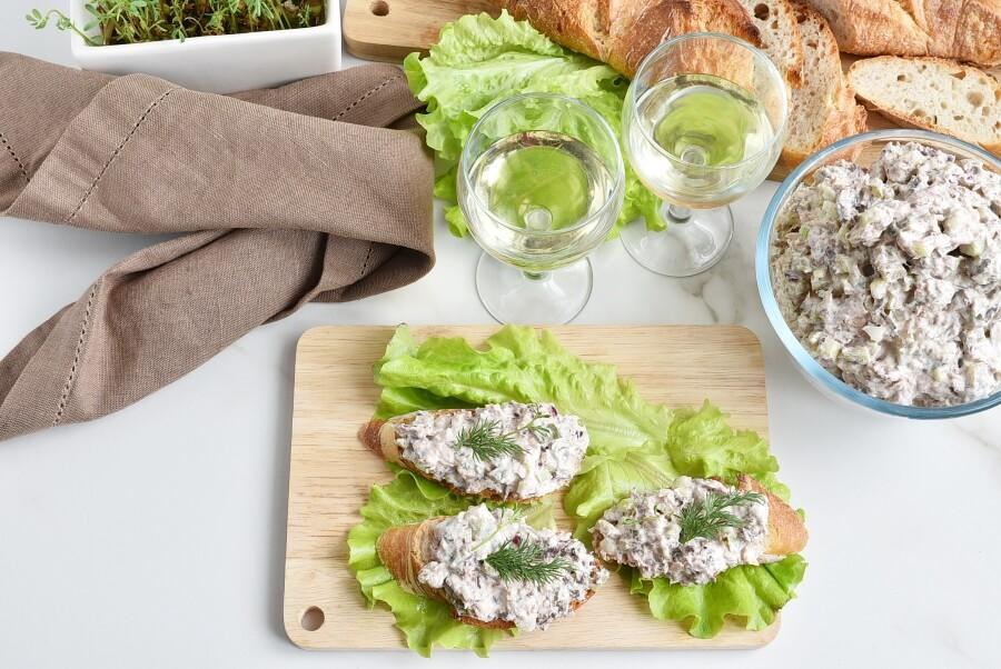 How to serve Healthy Tuna Salad