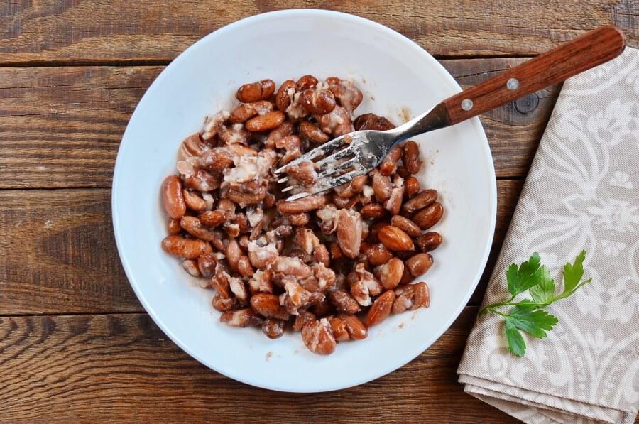 Huevos Rancheros with Queso Fresco recipe - step 3