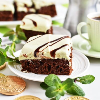 Mint Irish Cream Brownies Recipes-Homemade Mint Irish Cream Brownies-Easy Mint Irish Cream Brownies