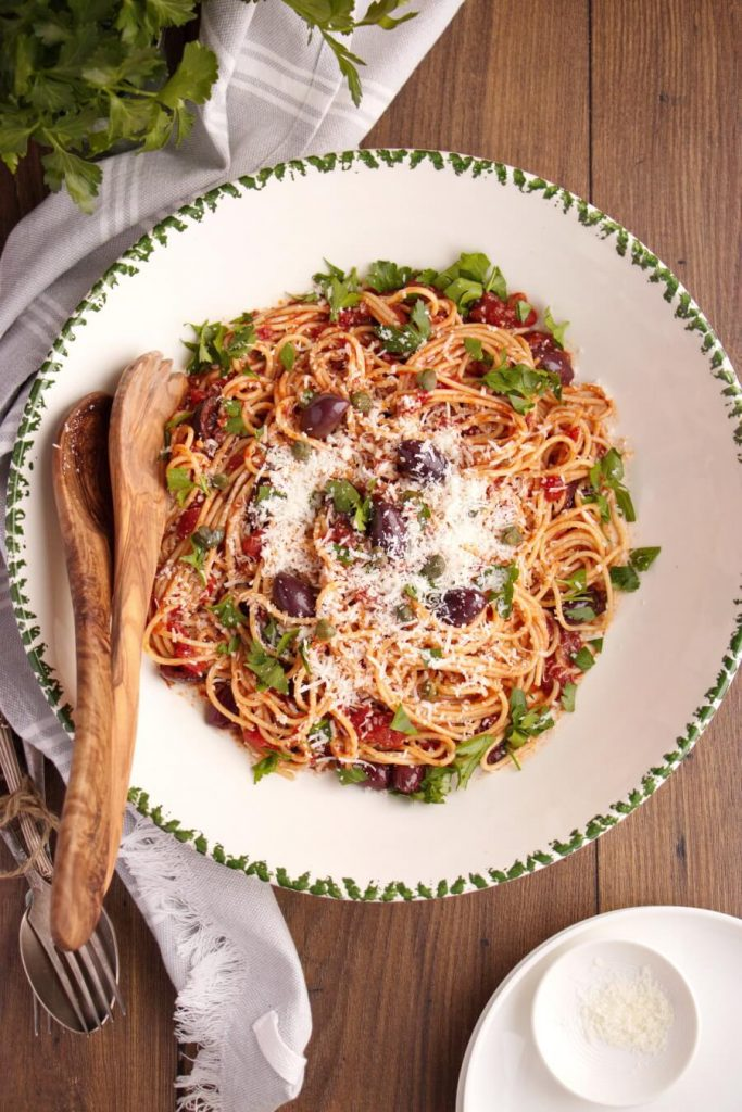 Italian Spaghetti with Anchovies, Tomatoes and Olives