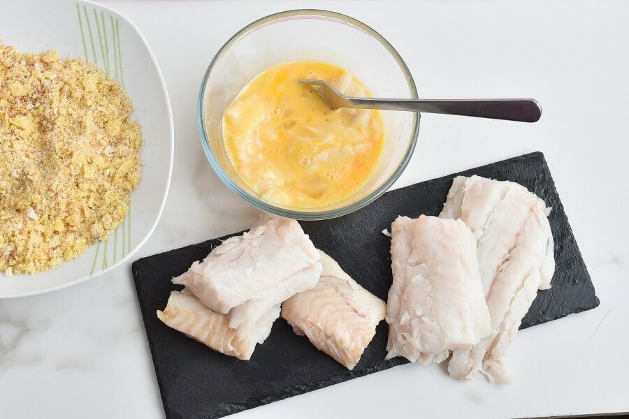 Potato Chip-Crusted Fish Fillets recipe - step 7