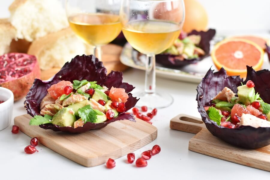 Purple Cabbage Cups with Flaked Salmon & Avocado-Homemade Purple Cabbage Cups with Flaked Salmon & Avocado-Easy Purple Cabbage Cups with Flaked Salmon & Avocado