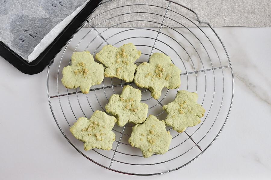 Shamrock Cookies recipe - step 9
