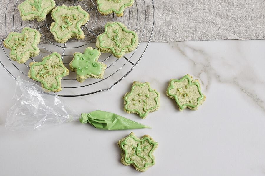 Shamrock Cookies recipe - step 11