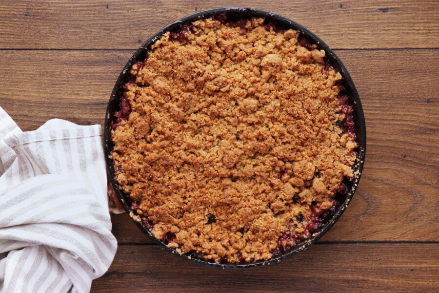 Skillet Baked Pear and Apple Crisp recipe - step 7