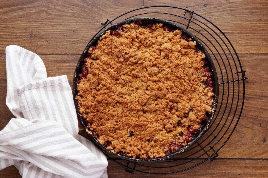 Skillet Baked Pear and Apple Crisp recipe - step 8