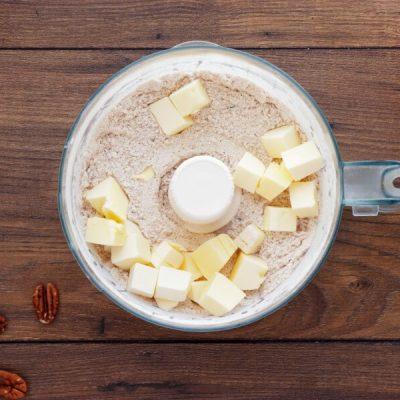 Skillet Baked Pear and Apple Crisp recipe - step 3