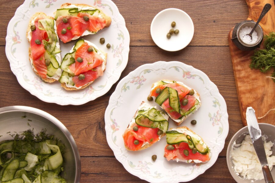 Smoked Salmon, Cucumber, Capers and Soda Bread recipe - step 3