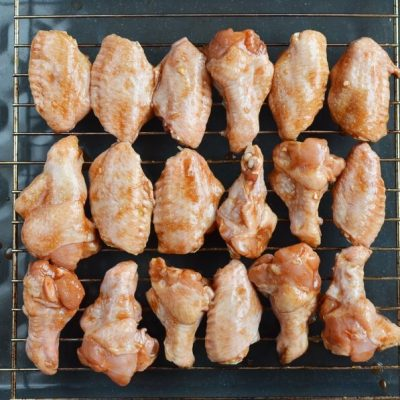 Spicy Asian Chicken Wing Marinade recipe - step 4