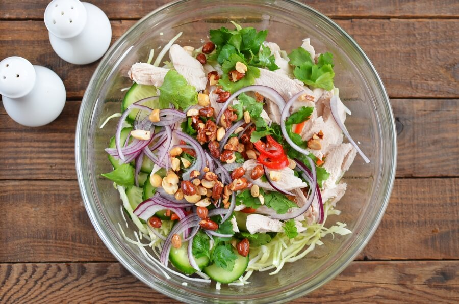 Spicy Chicken and Cabbage Salad recipe - step 8