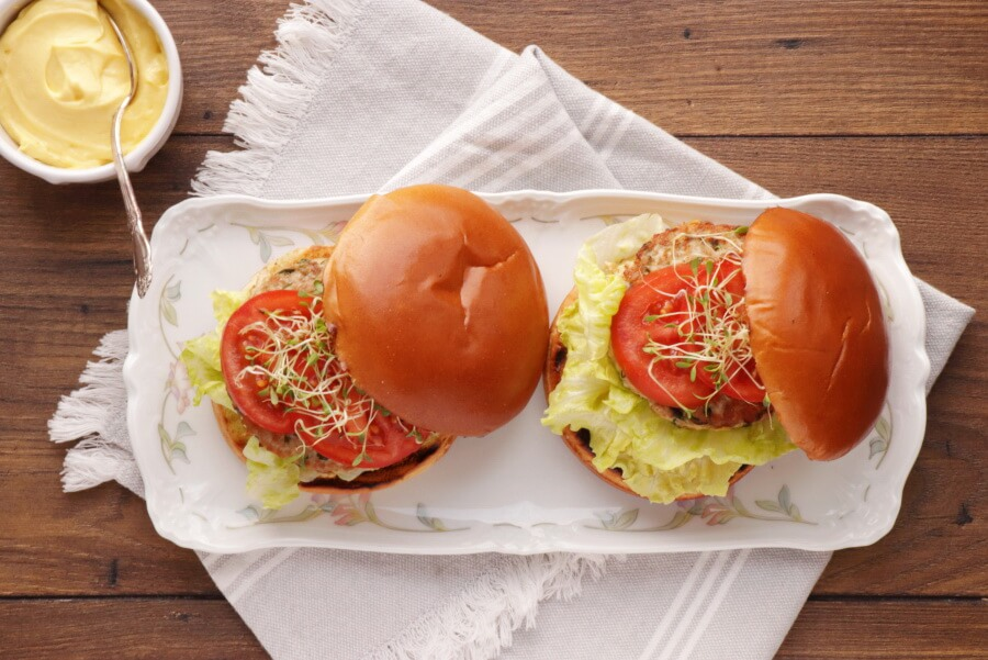 How to serve Tangy Tuna Burgers