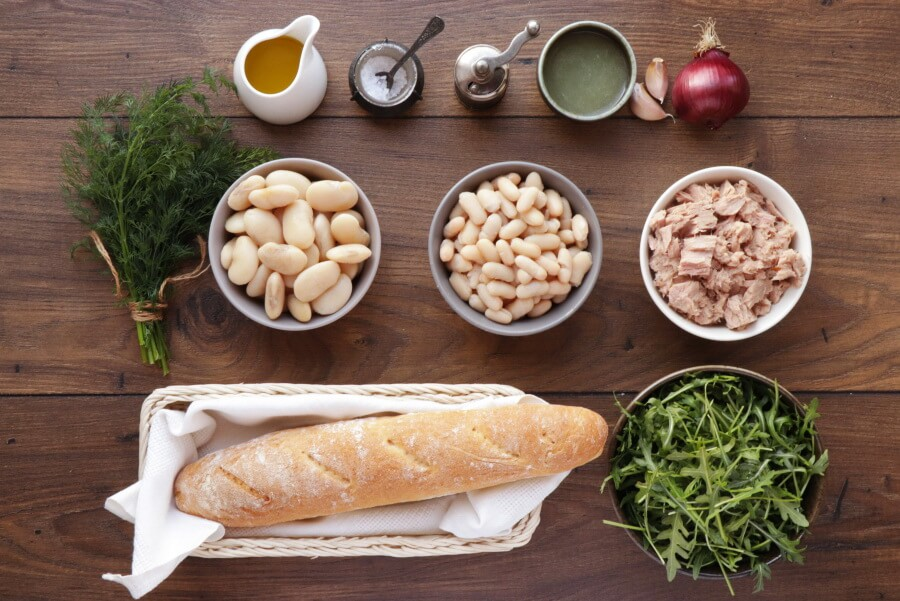 Ingridiens for Tuna Salad with Garlic Toasts