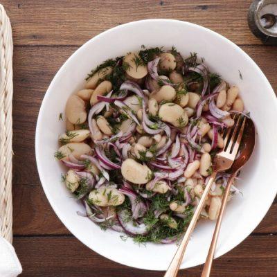 Tuna Salad with Garlic Toasts recipe - step 1