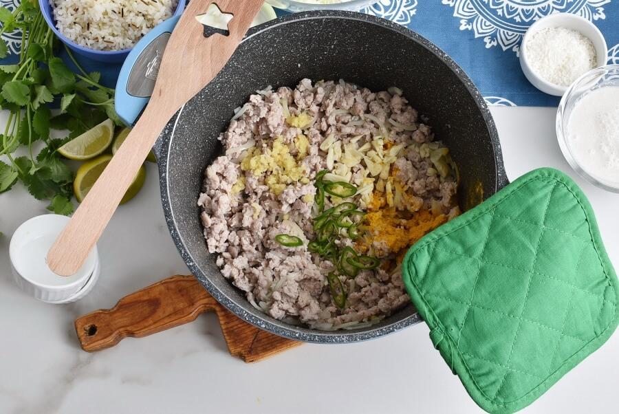 Turmeric Coconut Curry with Pork recipe - step 4
