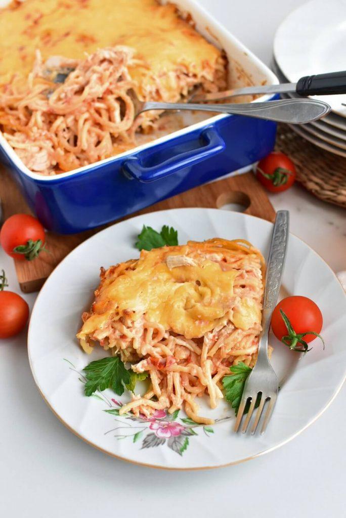 Creamy and Cheesy Chicken Spaghetti