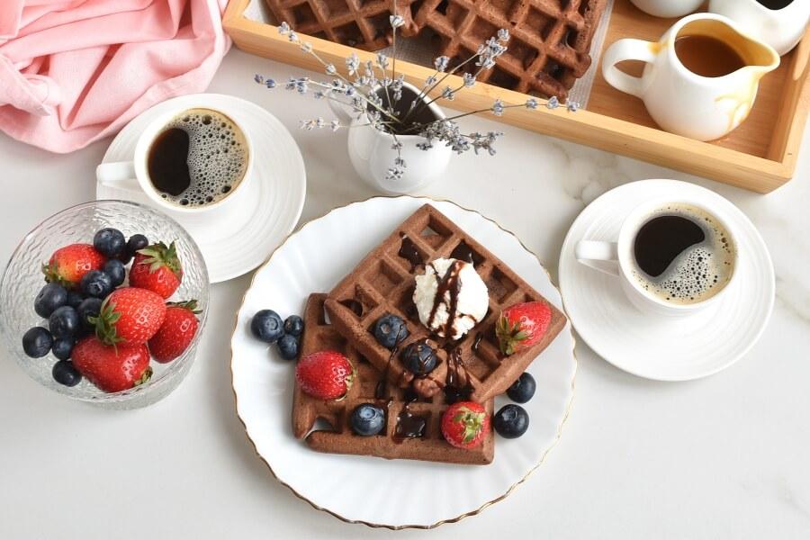 How to serve Wonderful Chocolate Waffles