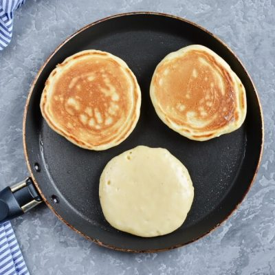 Yummy Pikelets recipe - step 5